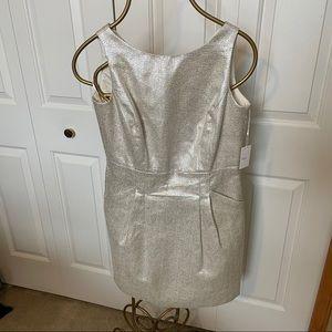 DALIA size 6 champagne cocktail dress